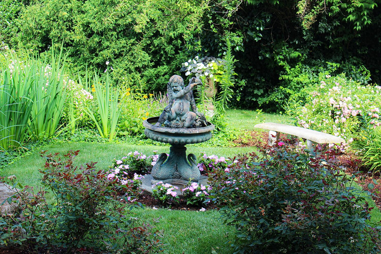 Backyard-Garden_August-2019_La-Farge-Perry-House.jpg