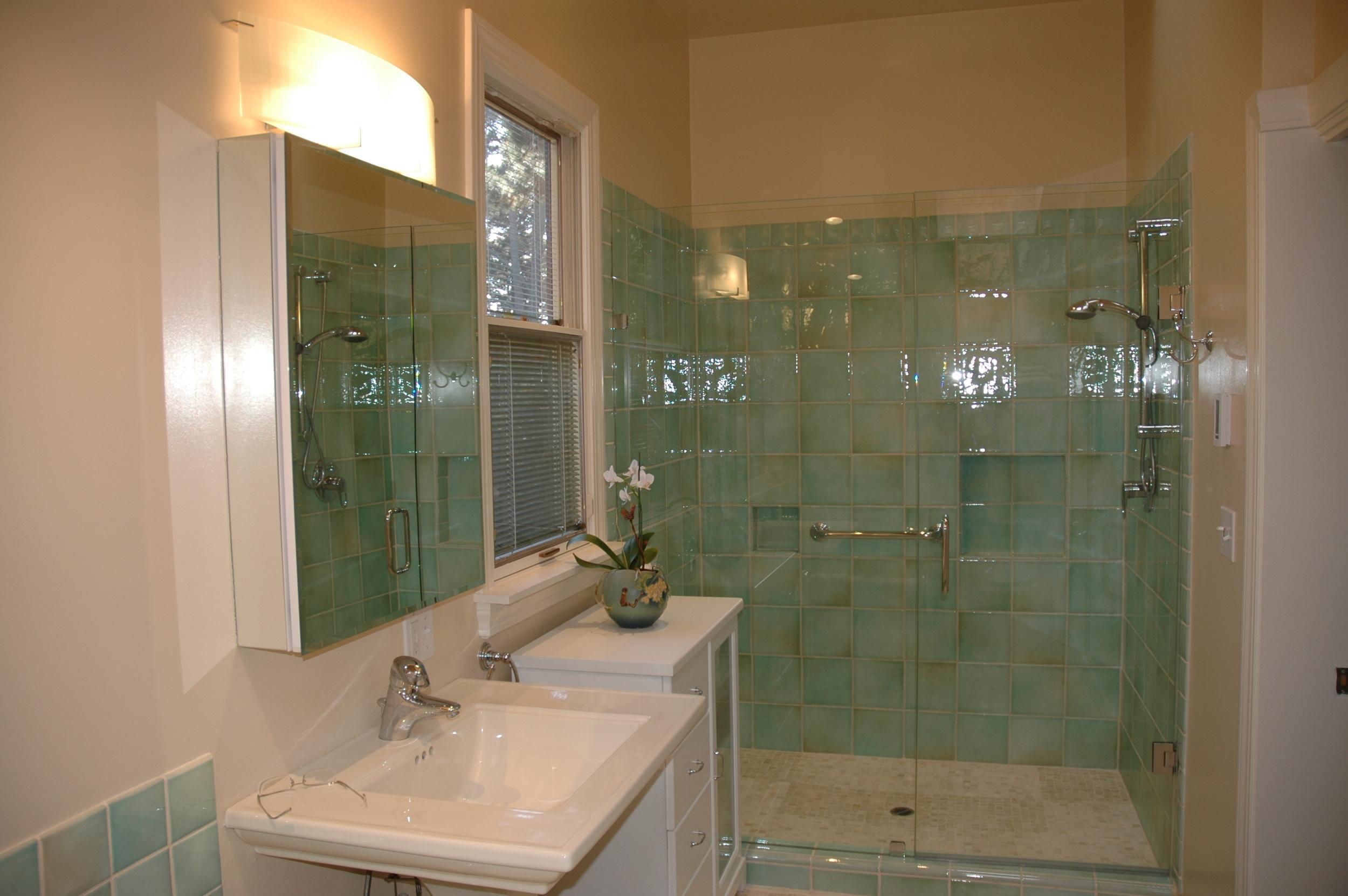 green-tile-bathroom.JPG