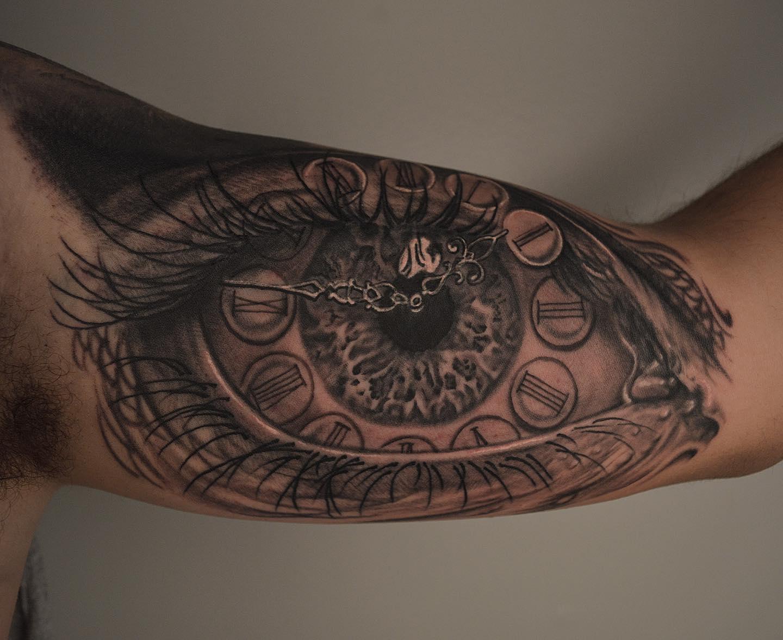 eyeball 2.jpg