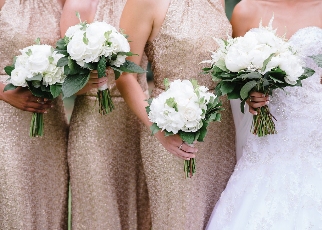 all-white-bride-bridesmaids-bouquets-greg-boulus-events-augusta-georgia