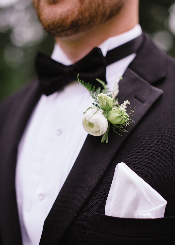 groom-boutonniere-greg-boulus-events-augusta-georgia