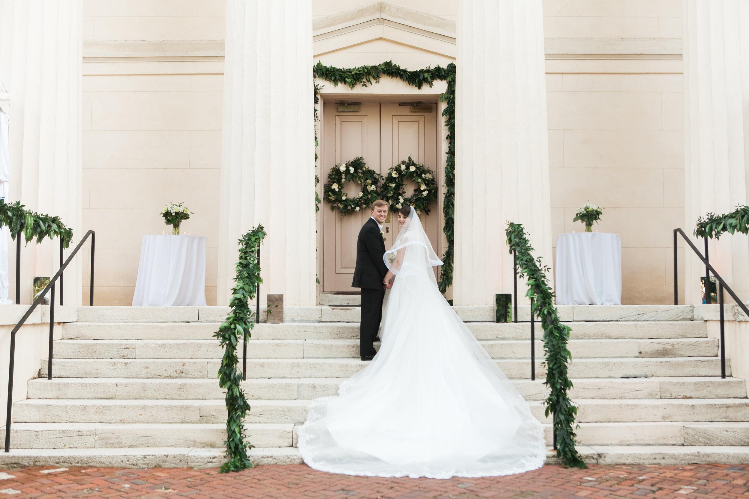 old-medical-college-bride-groom-augusta-georgia