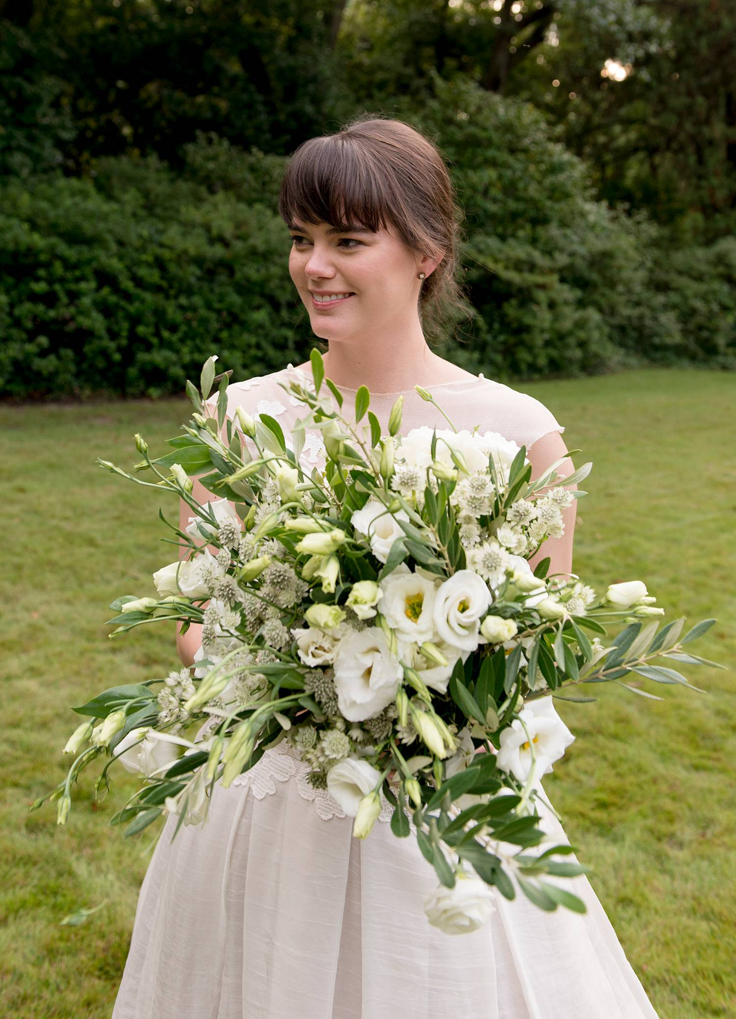 Featured Floral: Olive Branch, Lisianthus, Astrantia - Elizabeth + Drew, Old Medical College, Gately Williams Photography