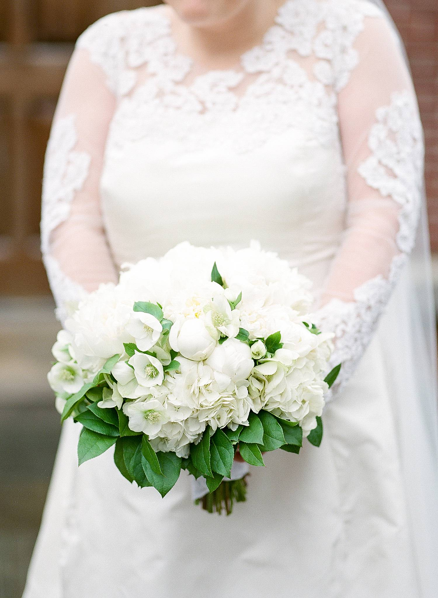 Featured Floral: Hellebores, Hydrangea, Peonies, Lemon Leaf - Mary Hull + Patrick, Augusta Country Club, Ashley Seawell Photography