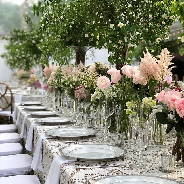 The most beautiful end to our Masters week! We love being a part of this annual event, this year's look was boho chic! Thank you to our awesome vendor team as always! Event Design @gregboulusevents | Floral Design @charlestonstreetfineflowers | Catering @tastefullyyourscateringaugusta | Bar Service @whitehorse497 | Paper Goods @katmccallpapers
