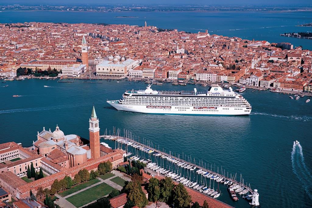 Crystal-Cruises-Italy