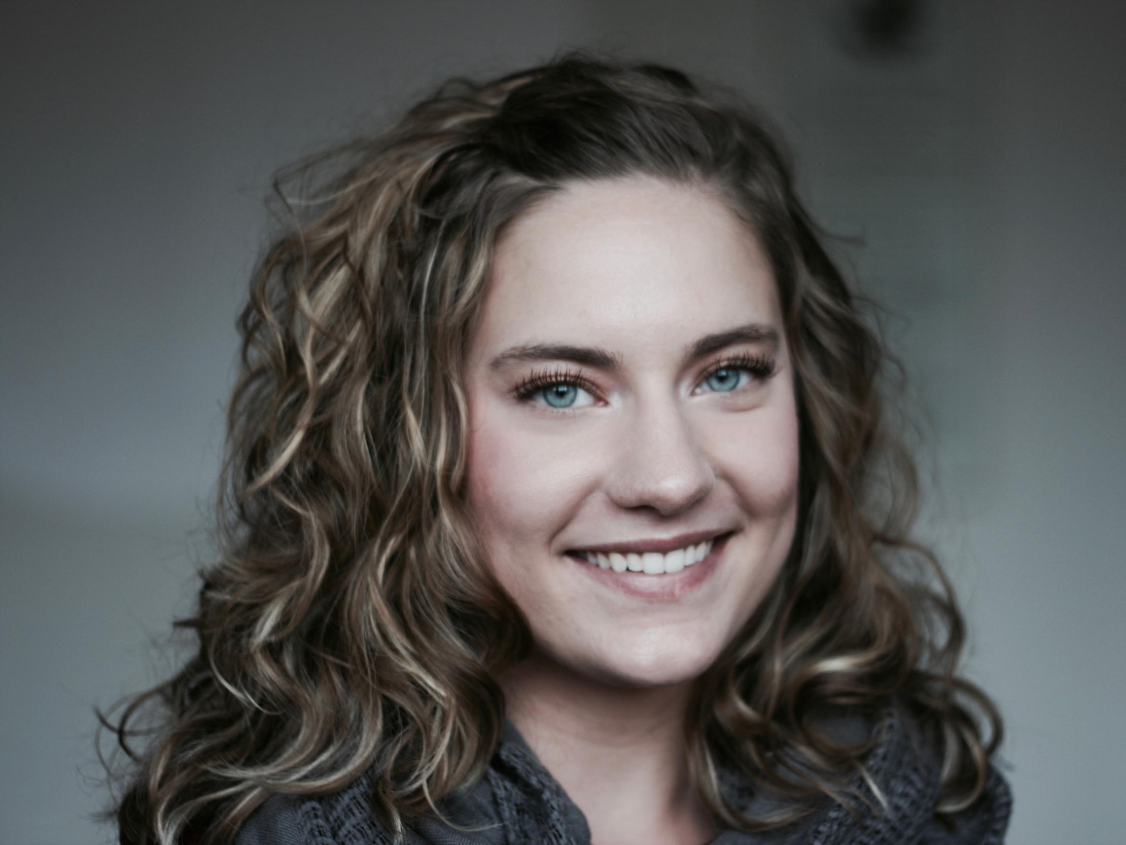 Headshot Katherine Williams.jpg