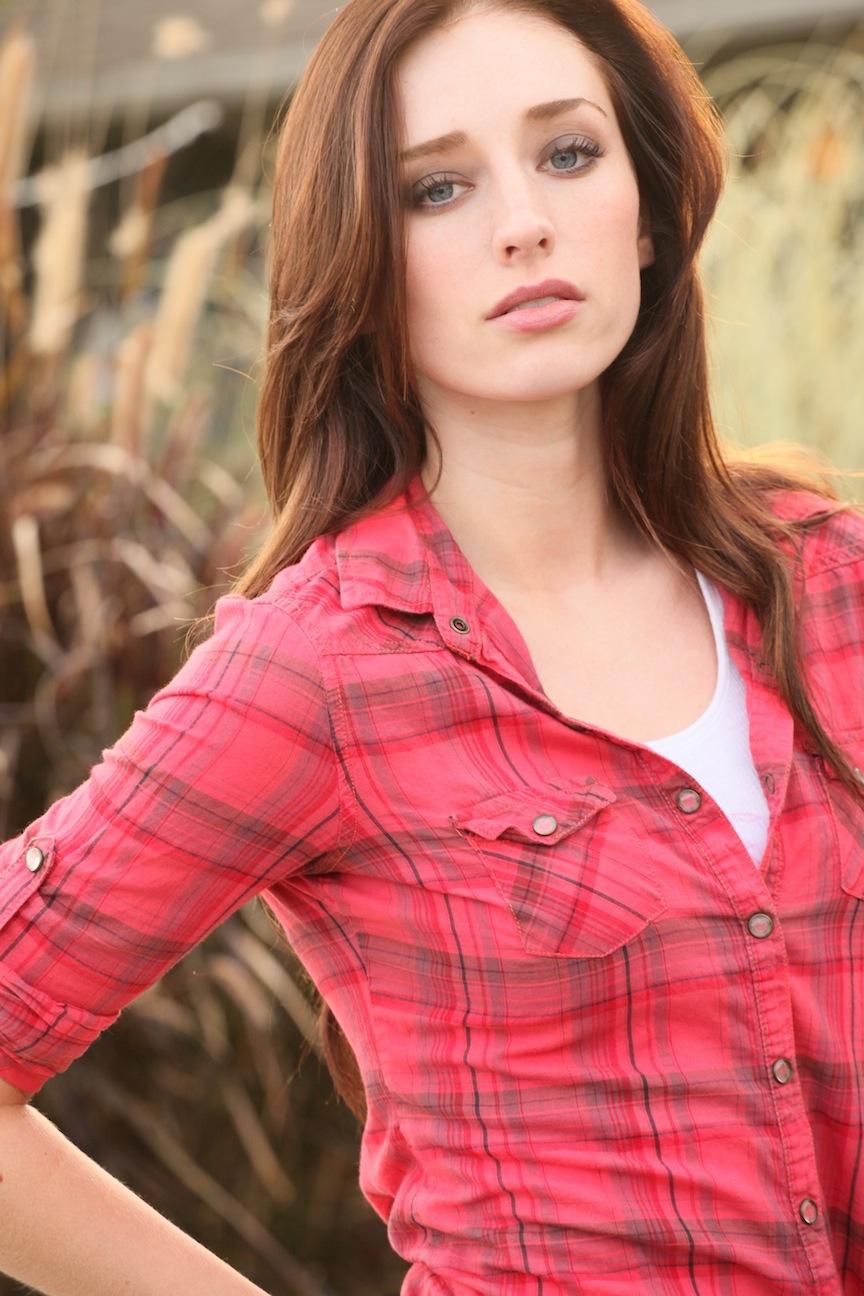 Najarra Townsend, Violet Dupree/Lyla Dupree (Lead Actor)