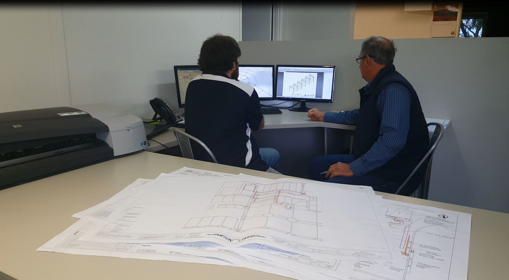 Thompson Longhorn team working on a new design