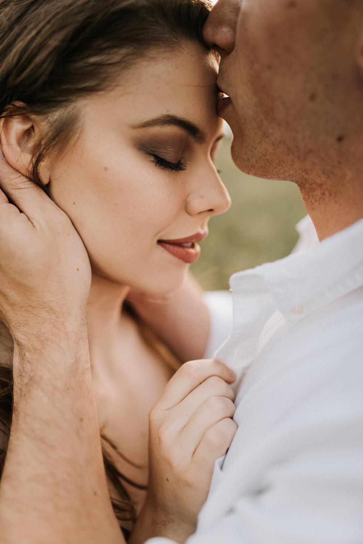 Emotive Vacation Photographer | Honeymoon Photographer