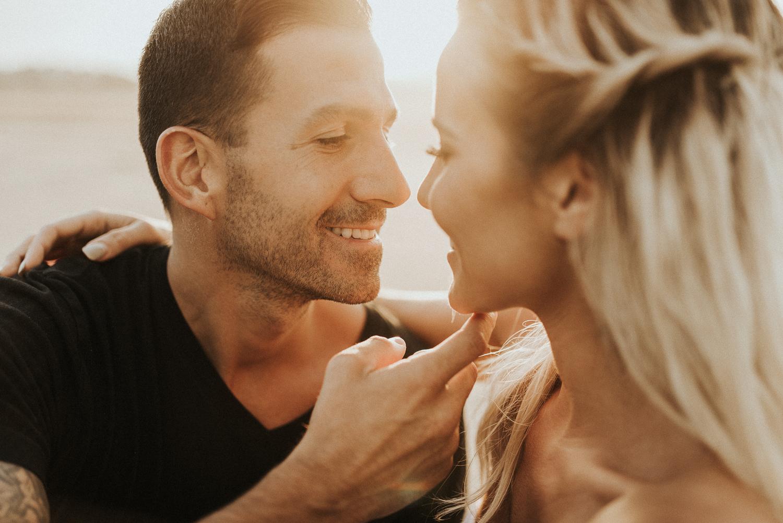 South Carolina Couples Photographer | Emotive Vacation Photographer | Honeymoon Photographer | Engagement Photos by Morgan Ellis, South Carolina Couples Photographer