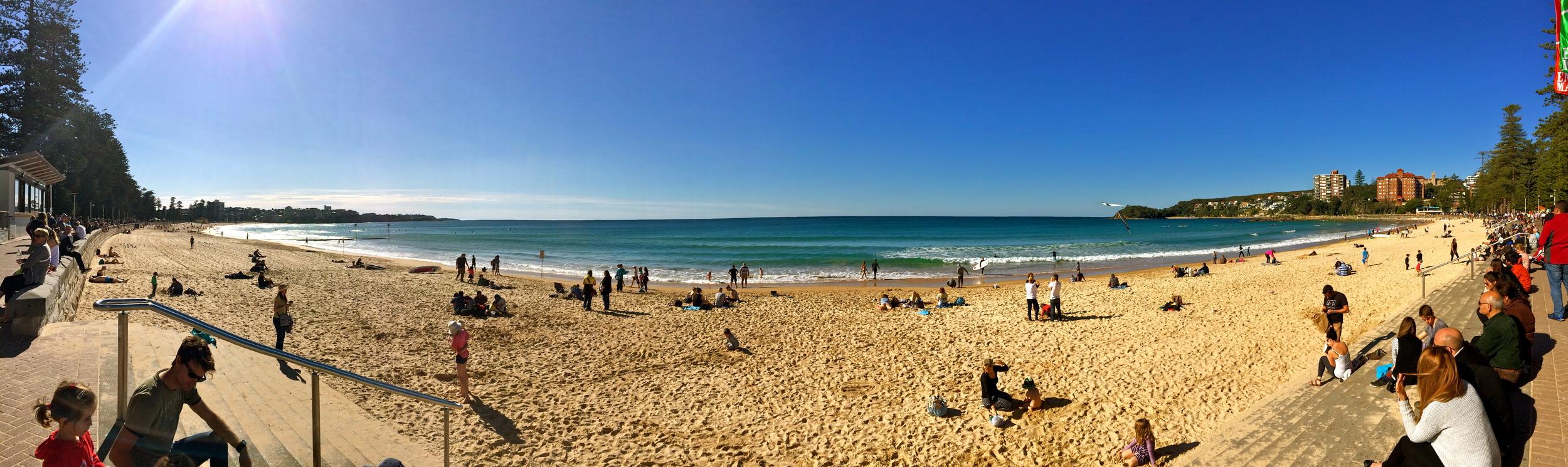 ◆ Manly beach