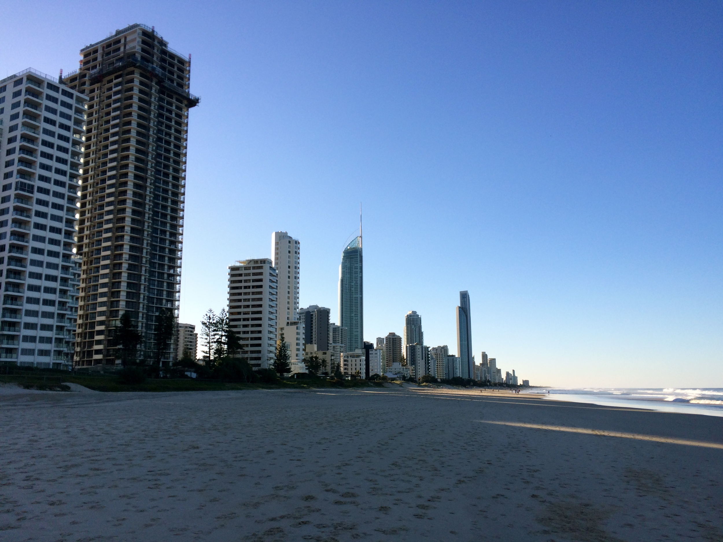 ◆ Broadbeach