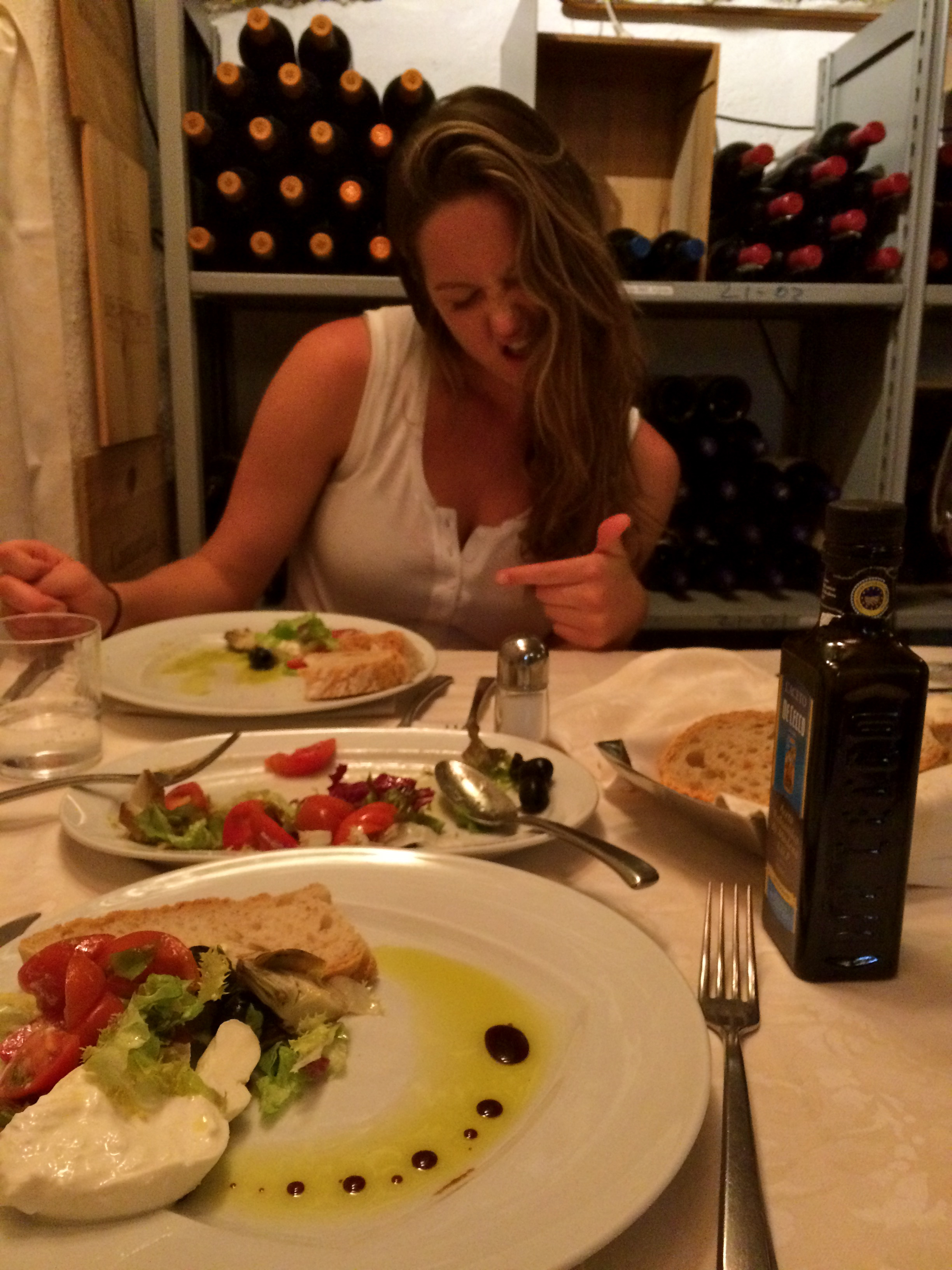 ◆ Dinner in the wine cellar!
