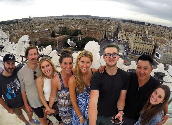 ◆ Top of Il Vittoriano (stolen photo from Scott!)
