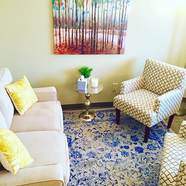 The new space - filled with light and positive energy  #latham #therapy #safespace #healthcoach #kmtherapyandwellness