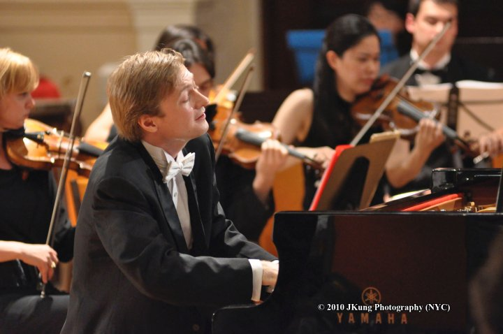 Photo Credit JKung Manhattan Chamber Orchestra.jpg
