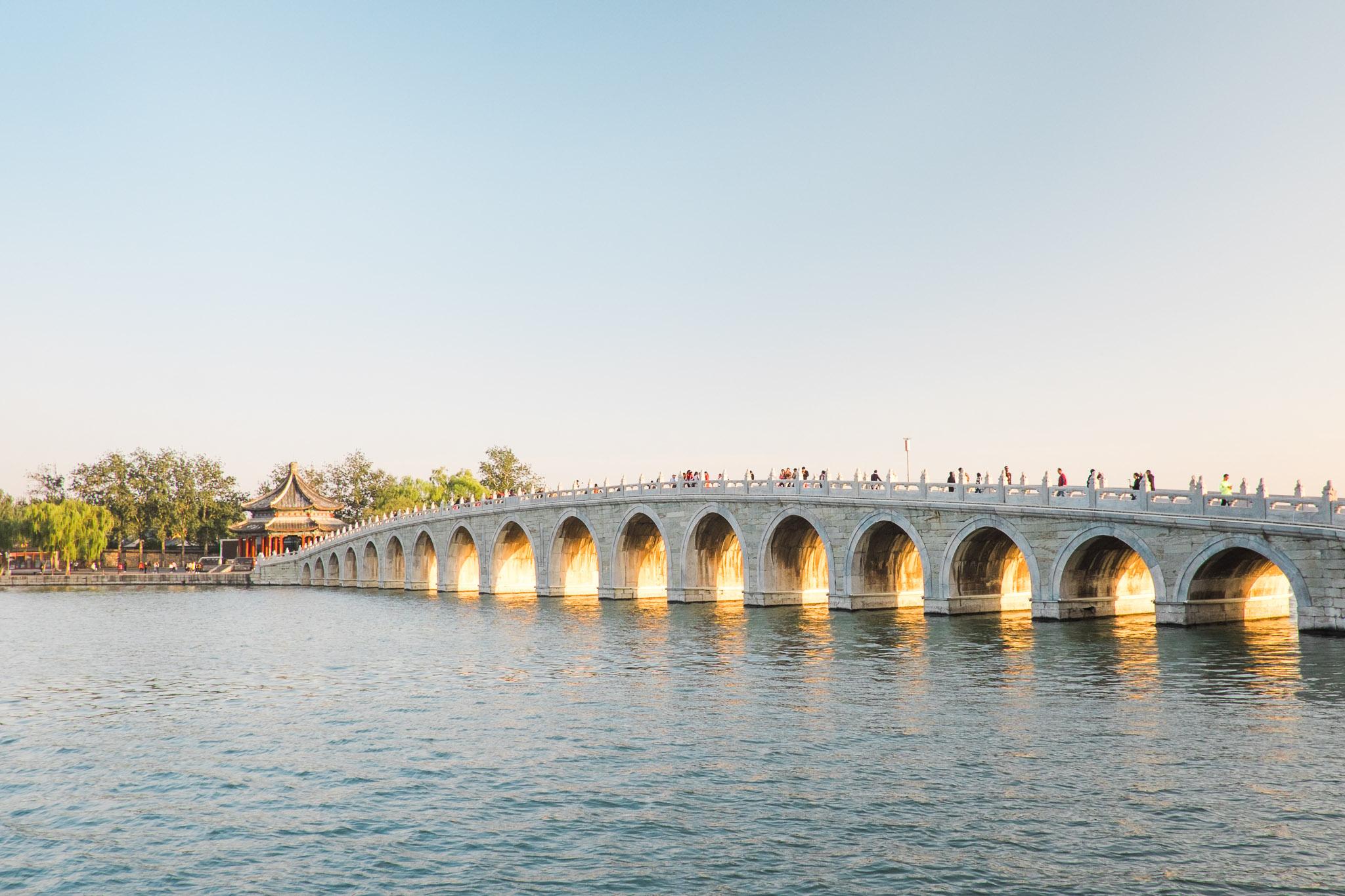 china-beijing-summer-palace-17-arch-bridge.jpg