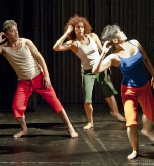 In Retro dance.jpg