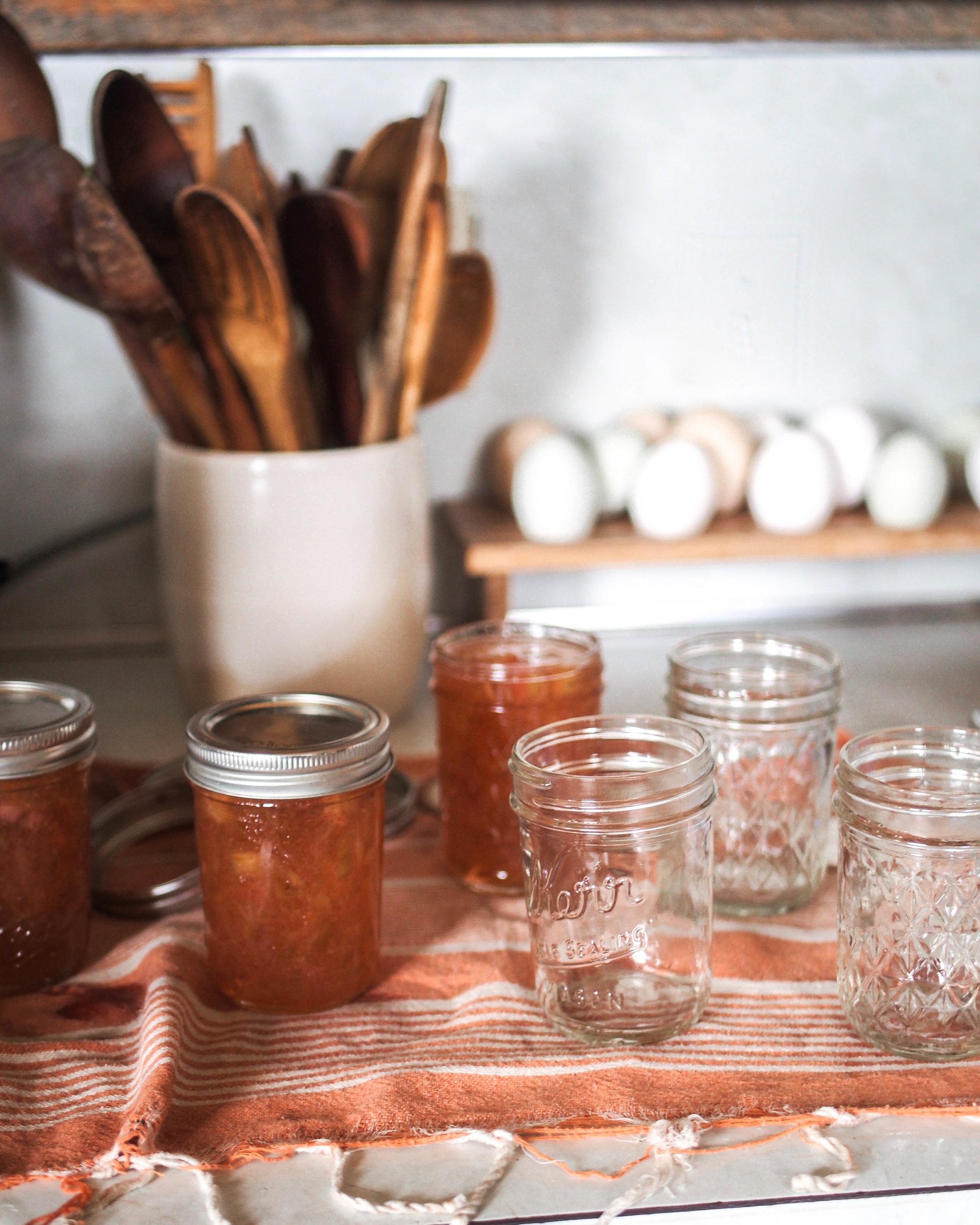 canning rhubarb jam