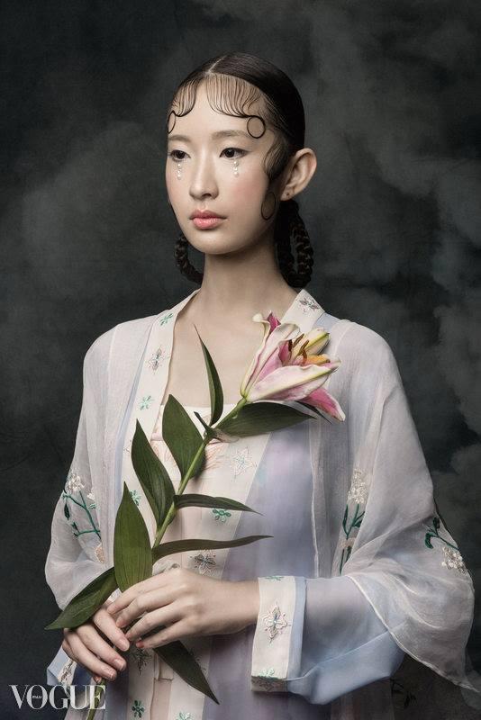 """Ancient vs Modern"". (31 October 2017). ""Portfolio Xingni Kilby,"" Vogue Italia, PhotoVogue."