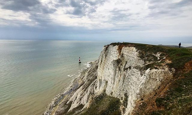 Beachy Head White Cliffs #Eastbourne #BeachyHead #WhiteCliffs #UK #shotoniphone #iphone7plus #iphoneography #shotonmoment