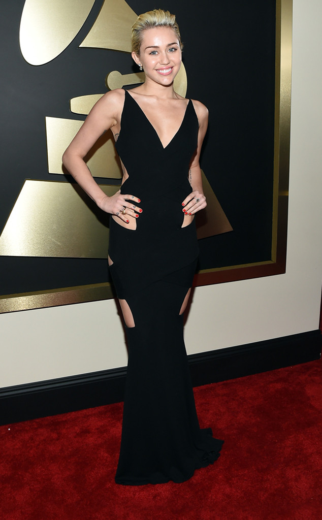 rs_634x1024-150208165949-634.Miley-Cyrus-Grammy-Awards.jl.020815.jpg