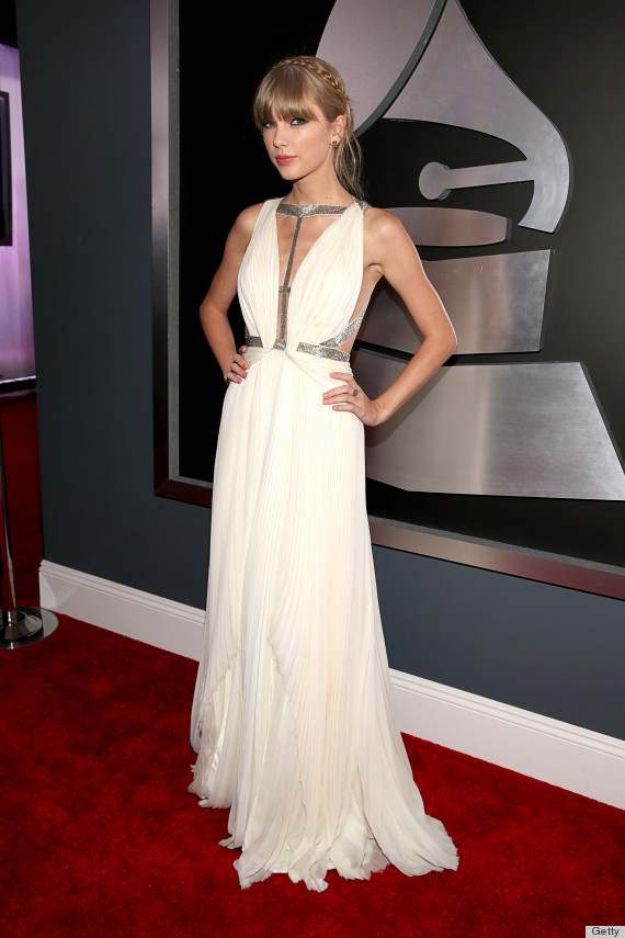 o-TAYLOR-SWIFT-GRAMMYS-DRESS-2013-570.jpg