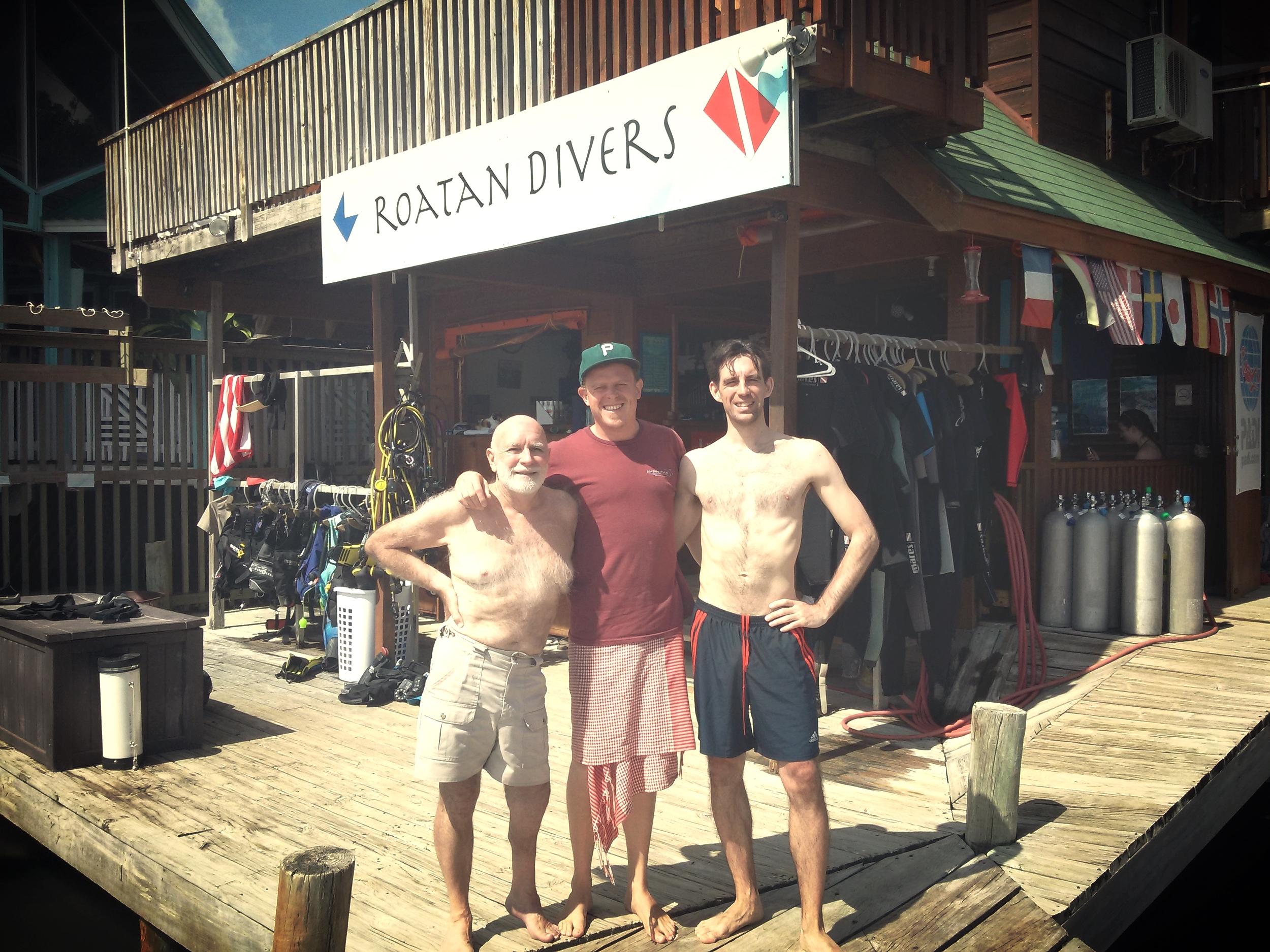 Roatan Divers Frank Jonathan PADI Open Water