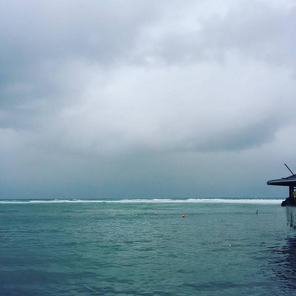 Roatan Divers windy day
