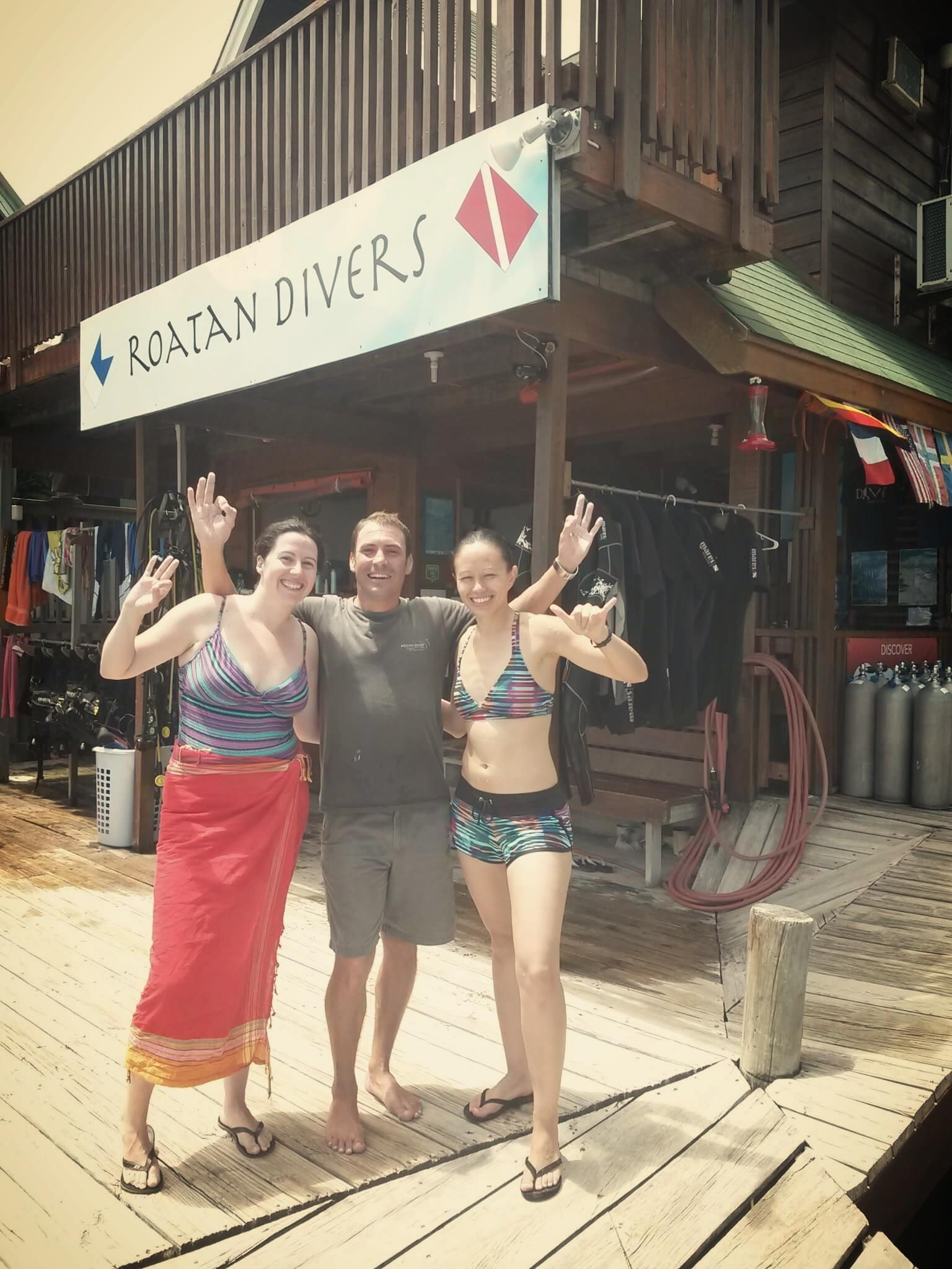 Lauren Jennifer Advanced Open Water Roatan Divers
