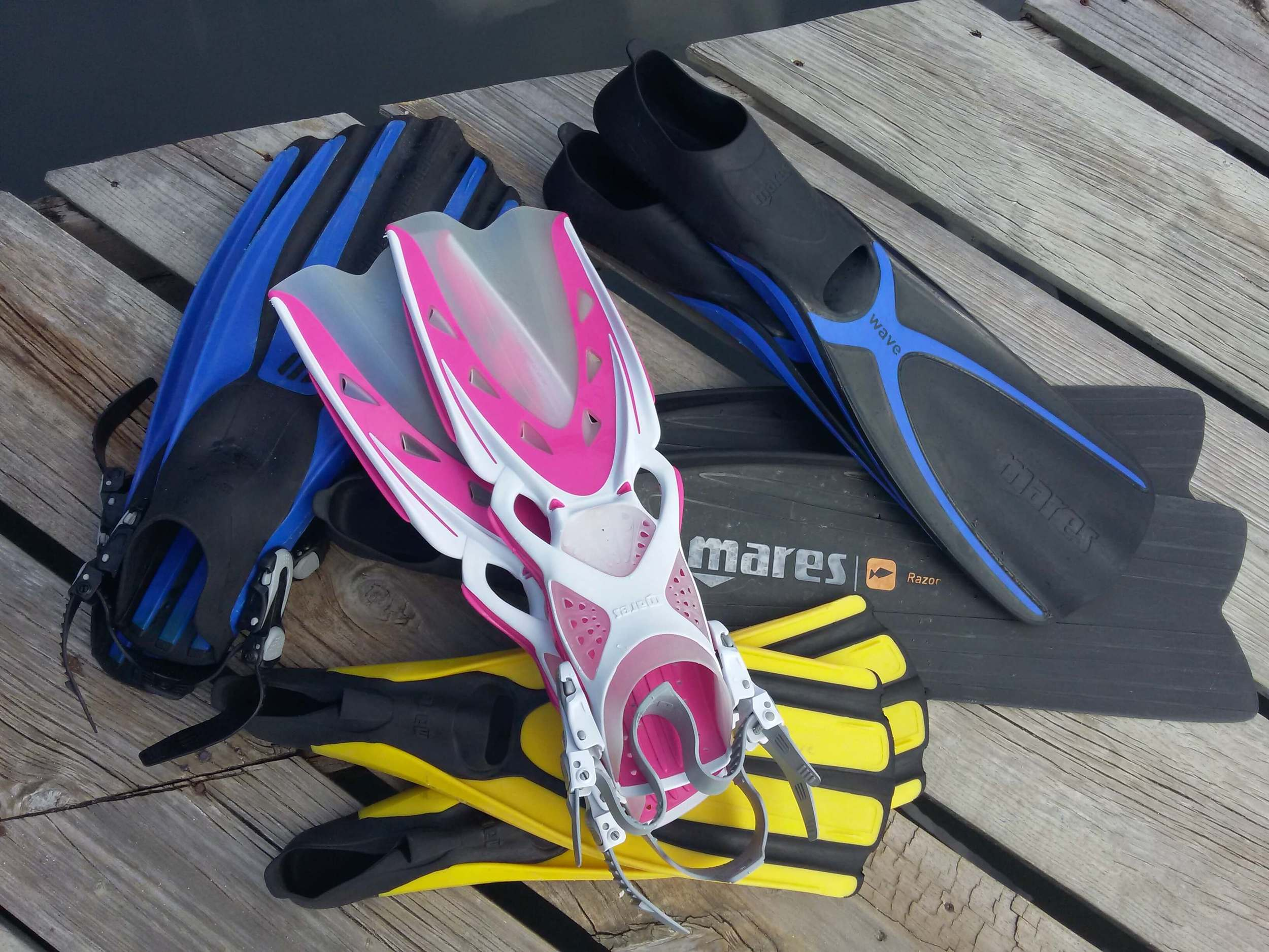 Picking the Right Fins for You Roatan Divers