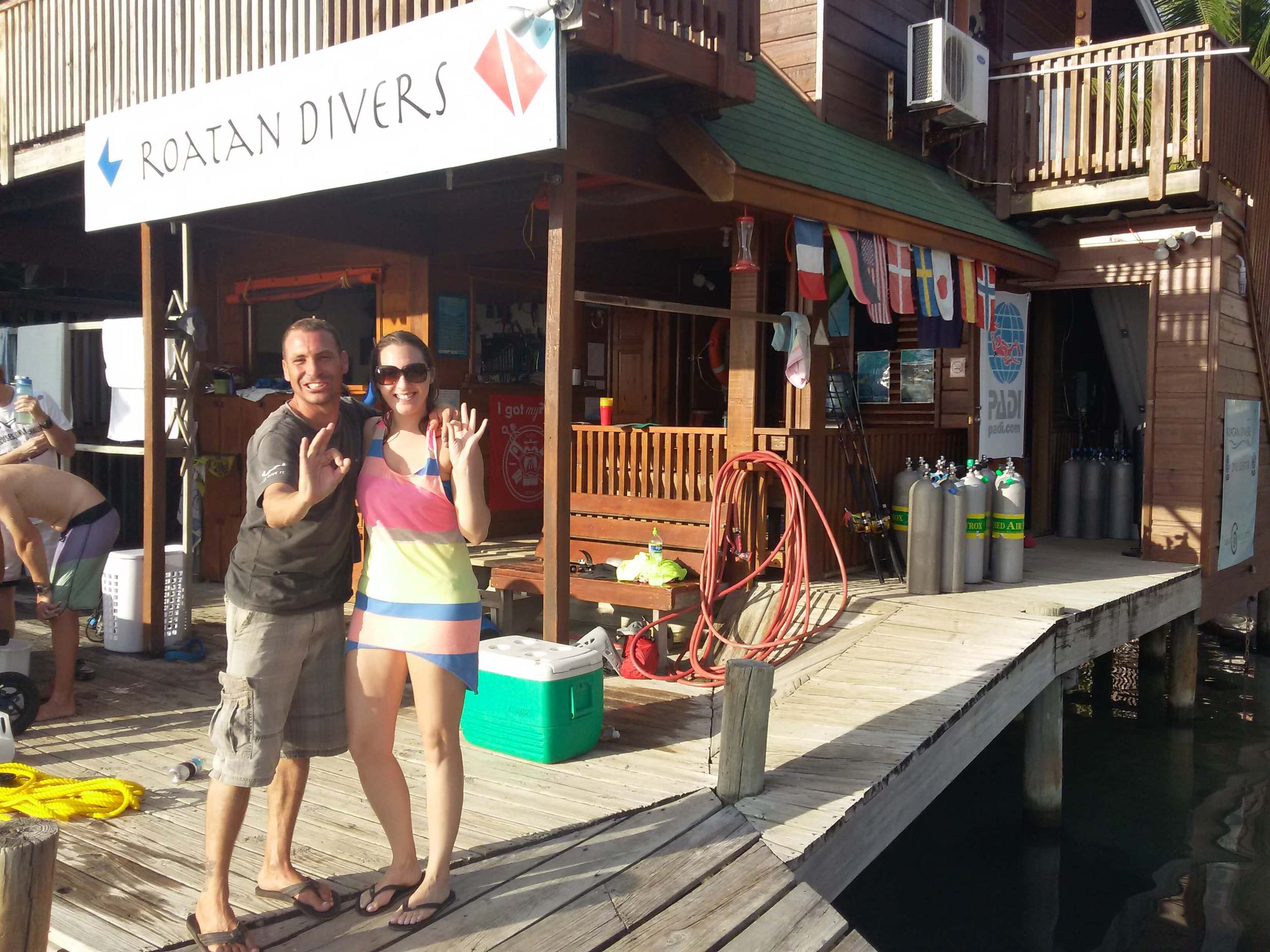 Marion completed her PADI Advanced Open Water Diver upgrade with Roatan Divers