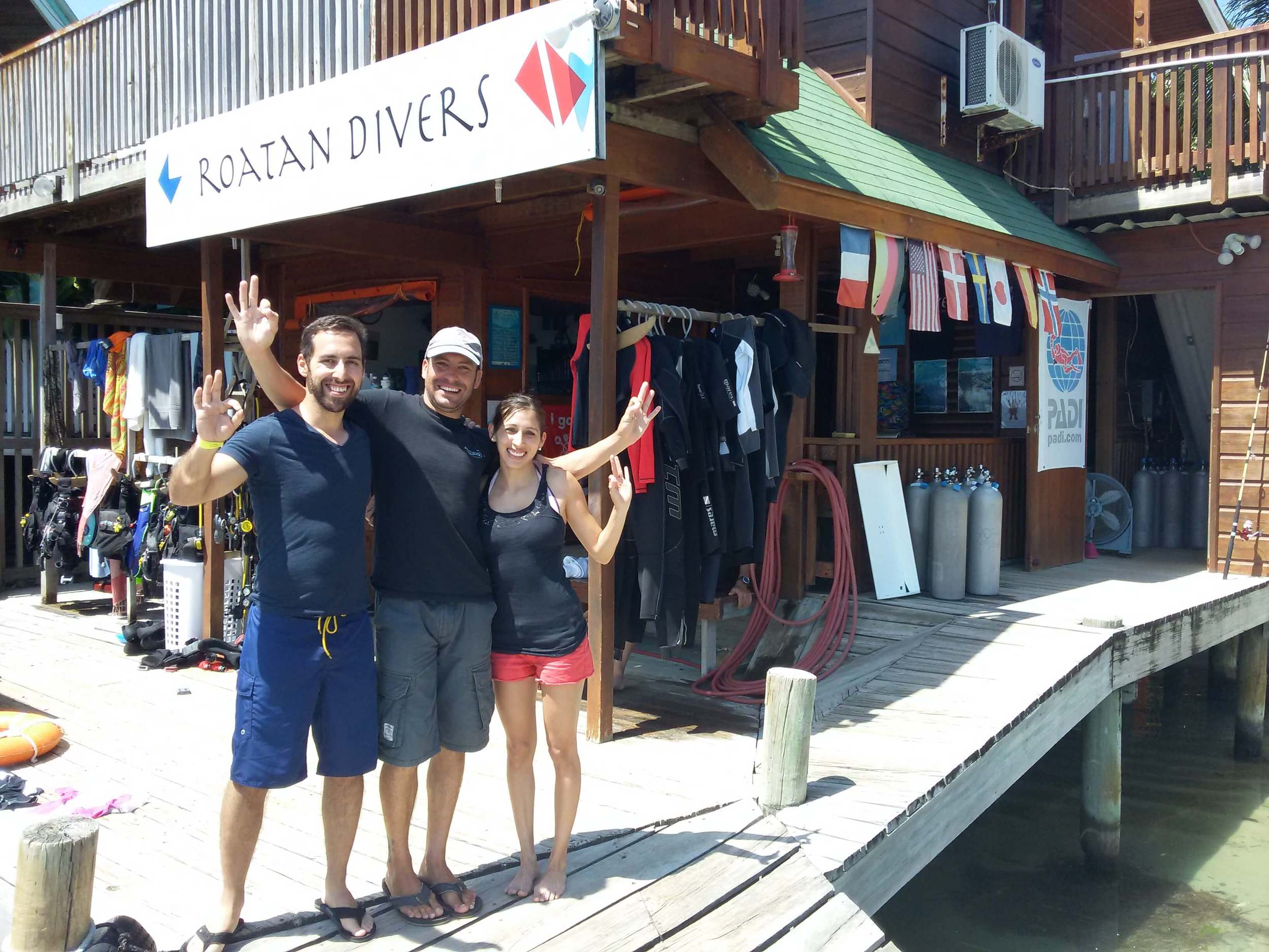 PADI Open Water e-Learning Roatan Divers