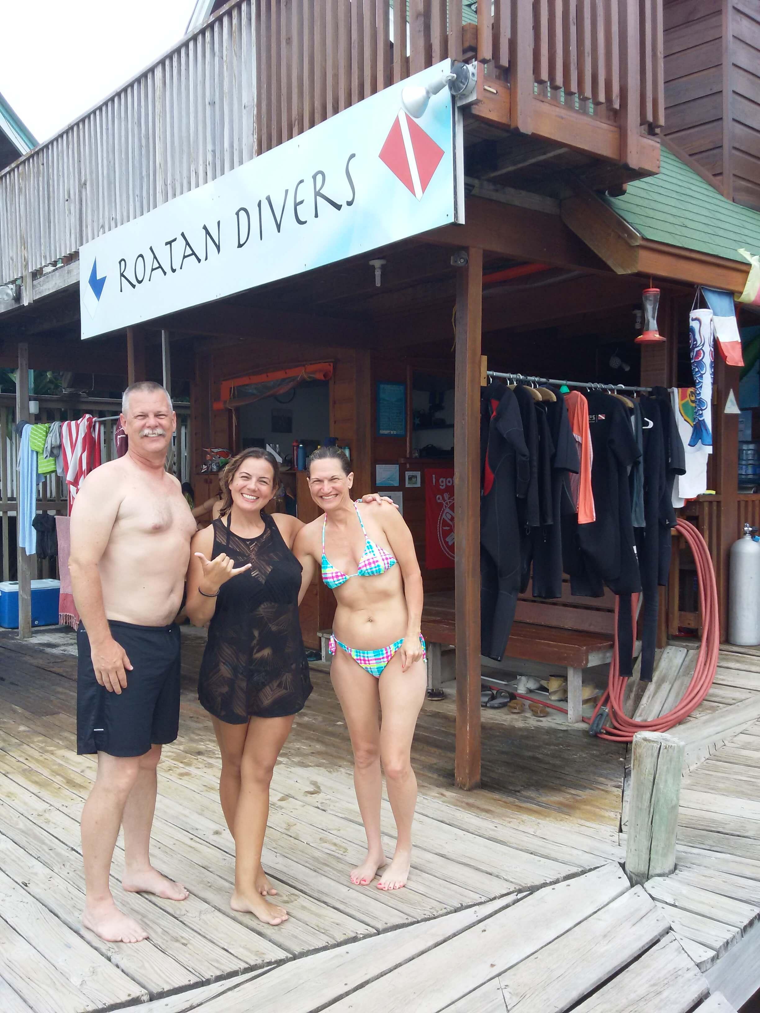 PADI Open Water Diver course Roatan Divers