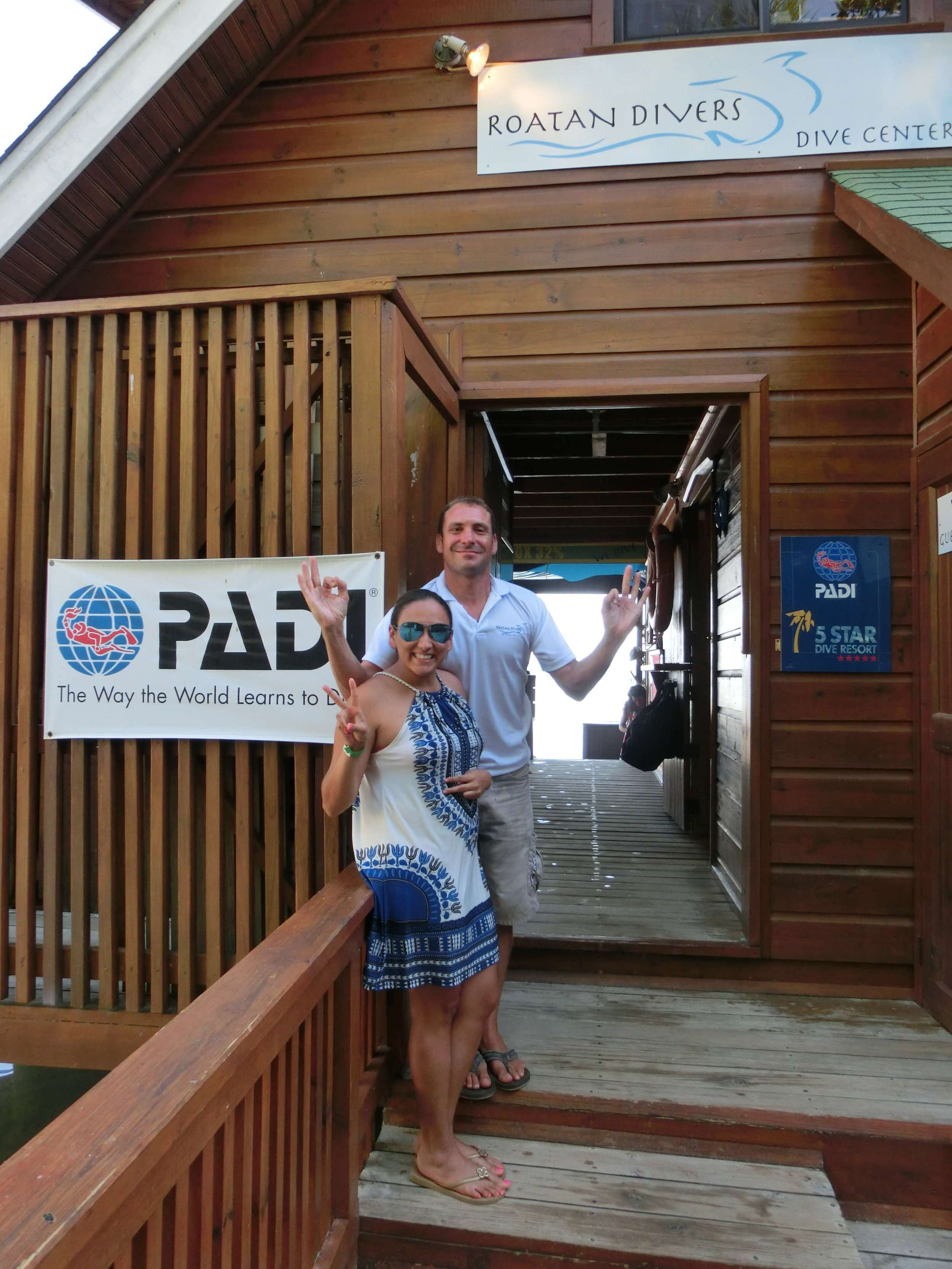 Lina PADI Open Water course Roatan Divers