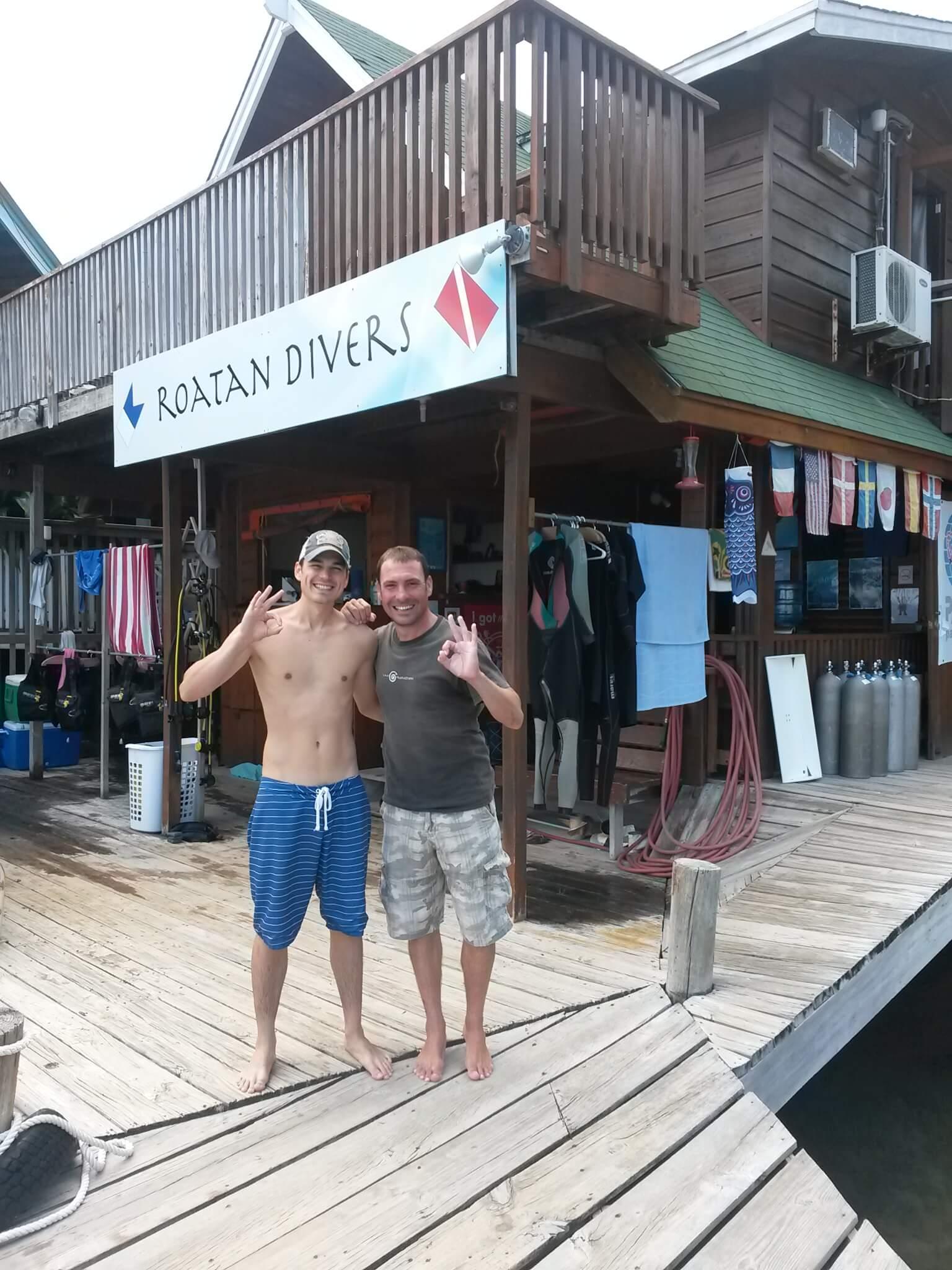 Max scuba diving Roatan Divers