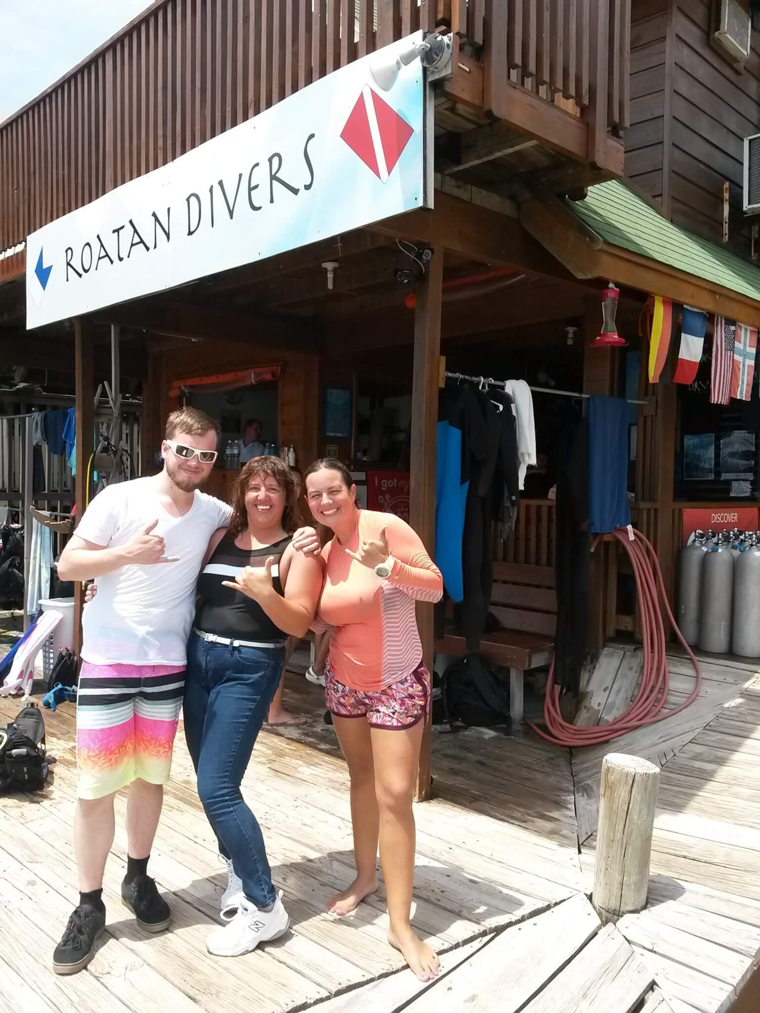 try scuba diving Roatan