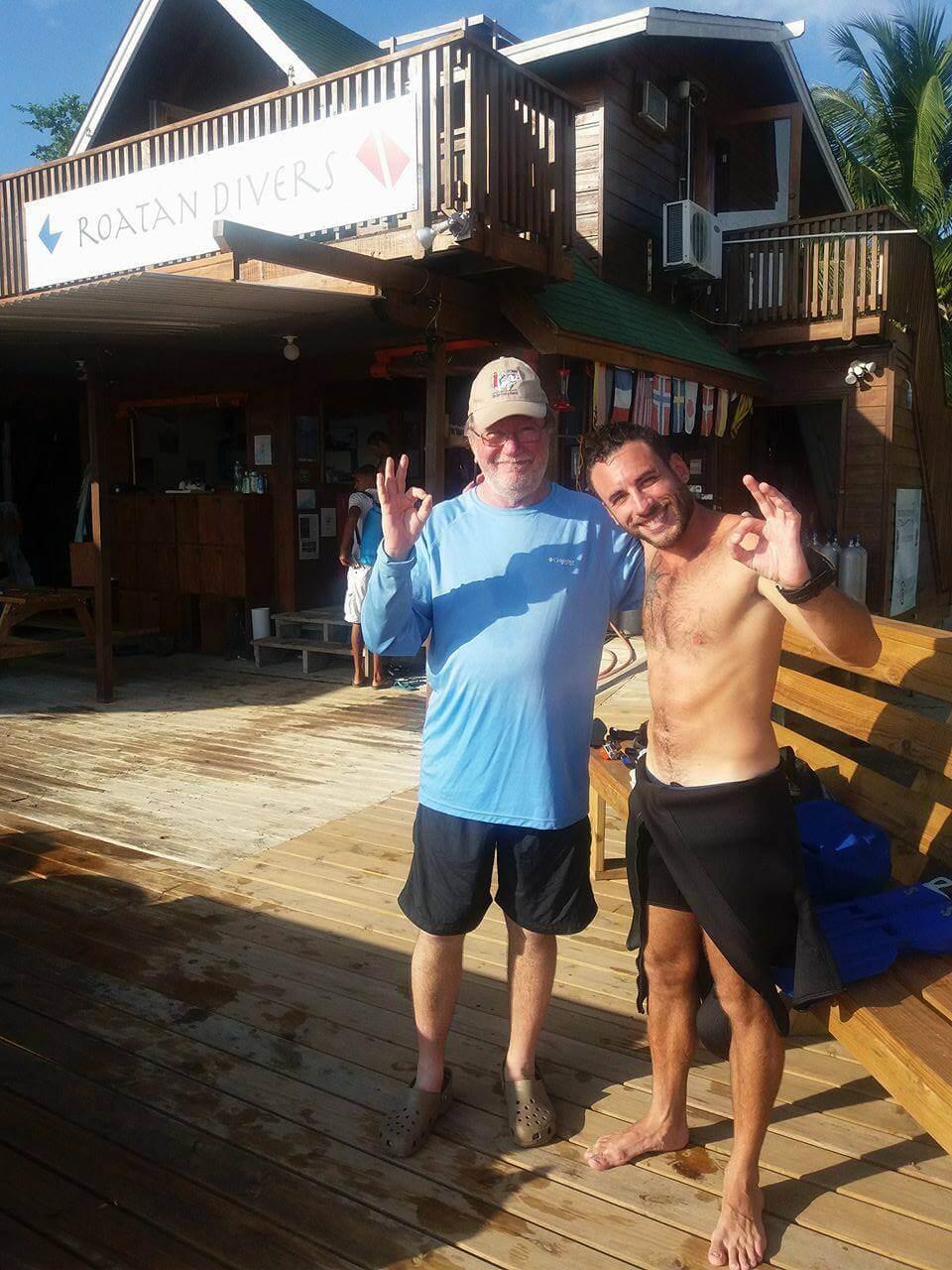 roatan cruise ship diving try