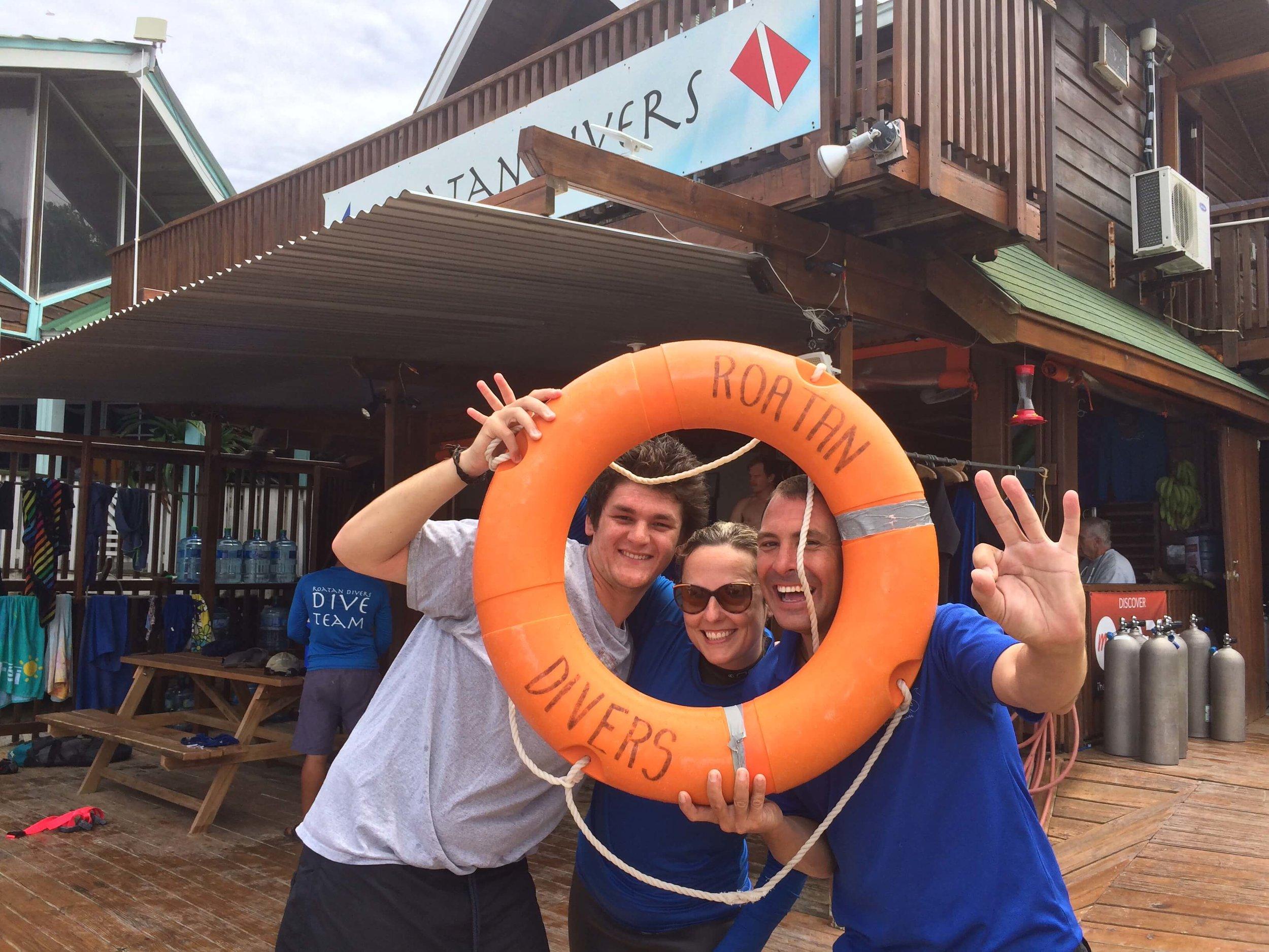Rescue course roatan divers padi courses