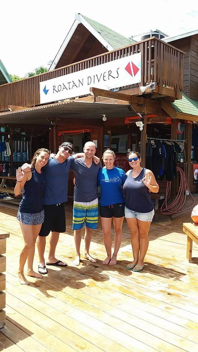 try scuba diving roatan honduras