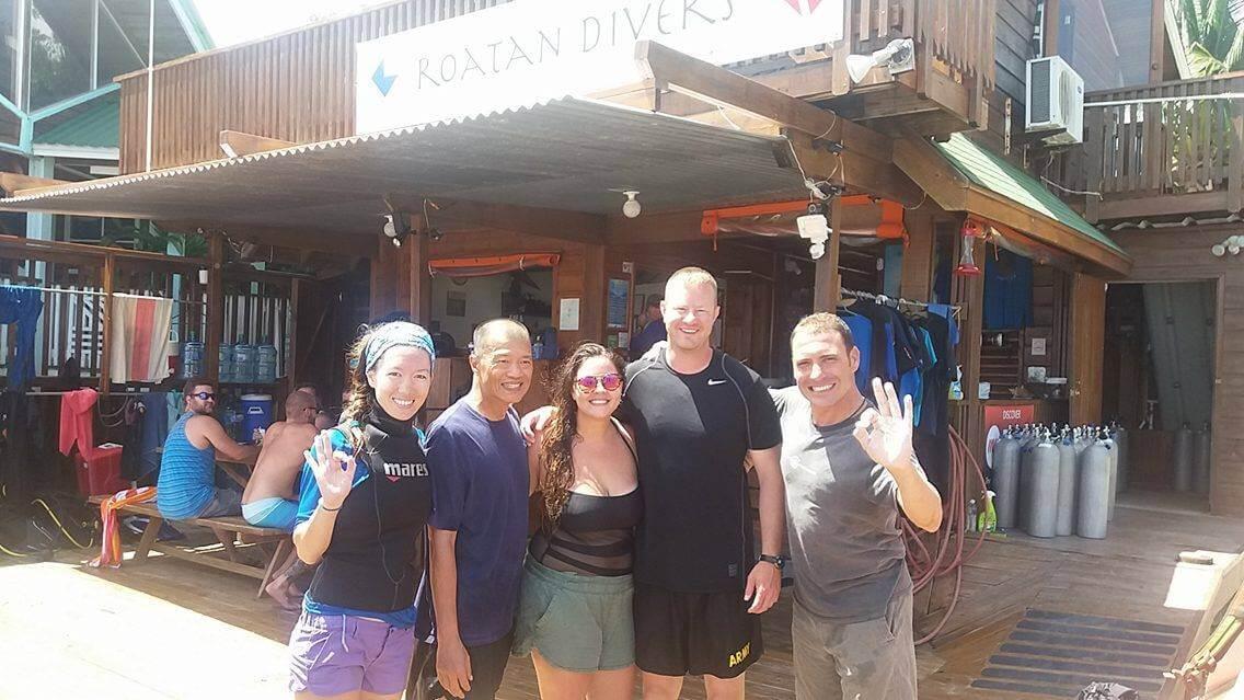PADI Open water divers roatan