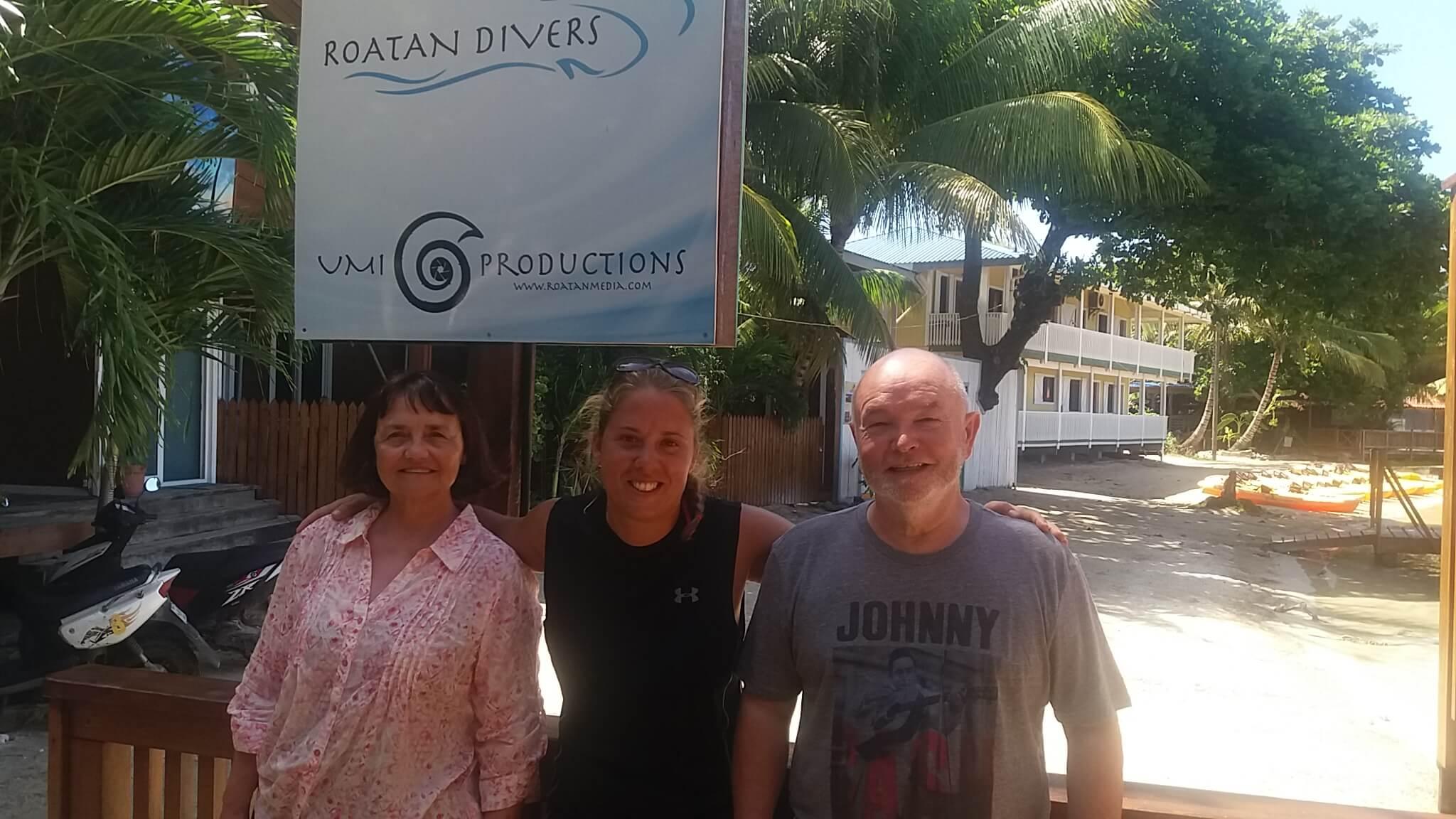 PADI scuba certification Roatan Divers