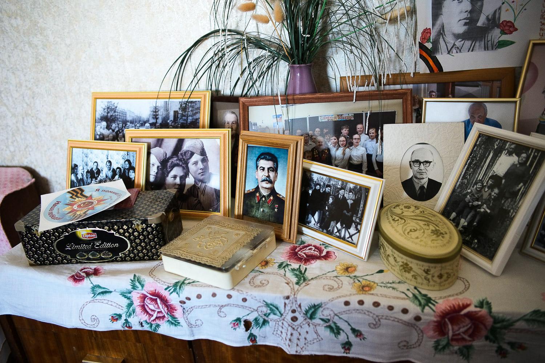 Trans_Siberian_railway_Stalin_portrait_Siberia_Photo_workshop-69.jpg