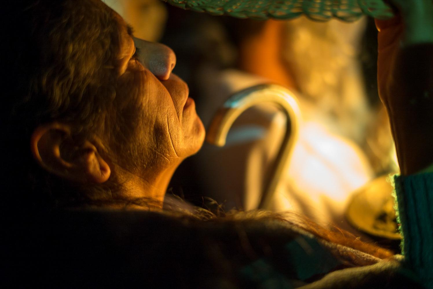 Dia_de_los_Muertos_Woman_Ceremony_Day_of_the_dead_DOD_Oaxaca_photo_workshop-53.jpg