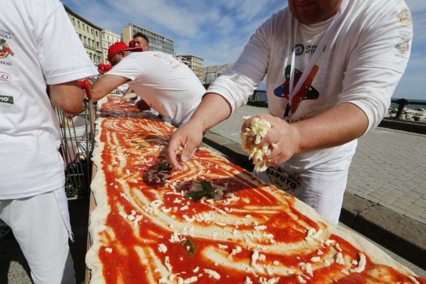 World's Longest Pizza Attempt