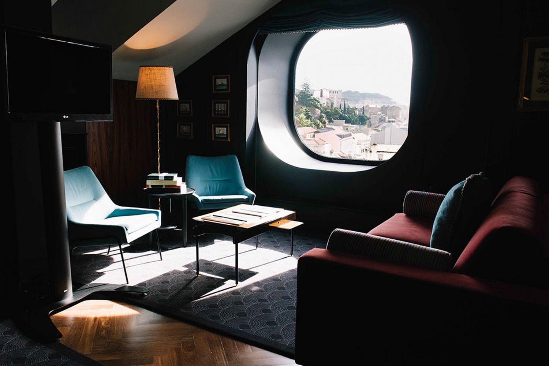 Branding interior Valverde Hotel Lisbon Lisboa