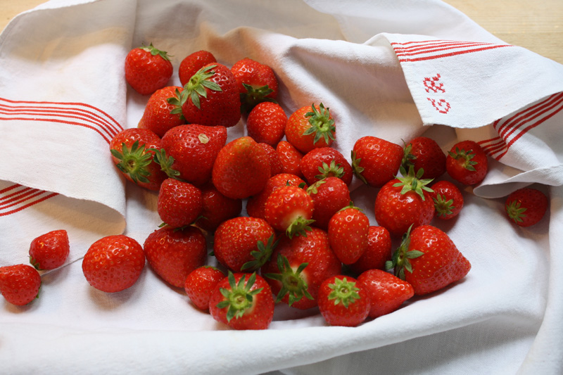Aux Bulles Champagner Erdbeeren