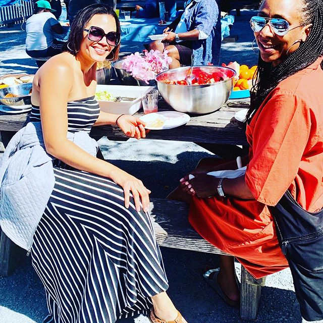 New year, new picnic! Families of the San Francisco chapter break bread by the bay ⛵️to usher in a new programming season. #jjsanfrancisco #jackandjillofamerica #jackandjill #jackandjillfarwestregion