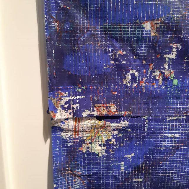 Art and frames galore! #edge #art #colour #interior #mood
